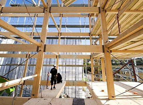 الصين تستثمر في البناء باستخدام الخشب