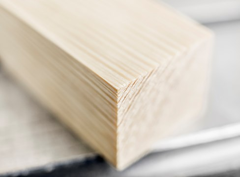 التصميمات السويدية بأخشاب الصنوبر المخصصة للسوق الصينية في معرض ستوكهولم للأثاث والإنارة